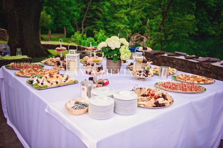 Outdoor wedding reception -  photo collection by Anja Zielinska Fotografia