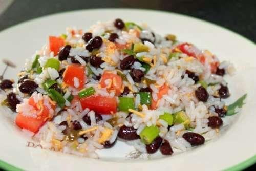 Рецепт: Рисовый салат Санта Фе - все рецепты России