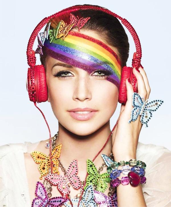 Colorful gal with red headphones. #headphones #music http://www.pinterest.com/TheHitman14/headphones-microphones-%2B/