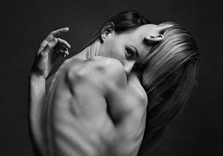 Artista muestra su lucha con ella misma en este proyecto de fotografía experimental