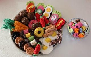 Dinner is served - crochet