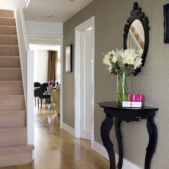 hallway design | Chic hallway | Hallway designs | Hallway tables | Image | Housetohome
