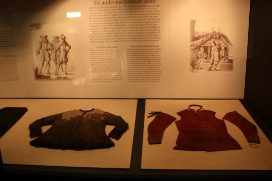 Kalmar Läns Museum: Objetos recuperados do naufragio do Kronan, roupas