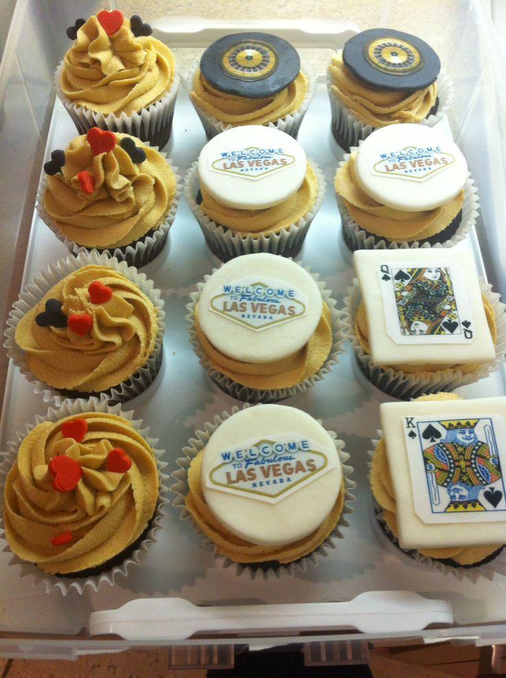 Peanut butter cupcakes - Las Vegas -all edible logos - cards , roulette ,