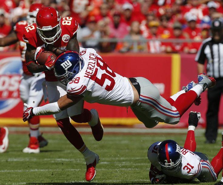 adddd2d38 Best of NFL Week 4 Kansas City Chiefs wide receiver Dwayne Bowe (82) ...