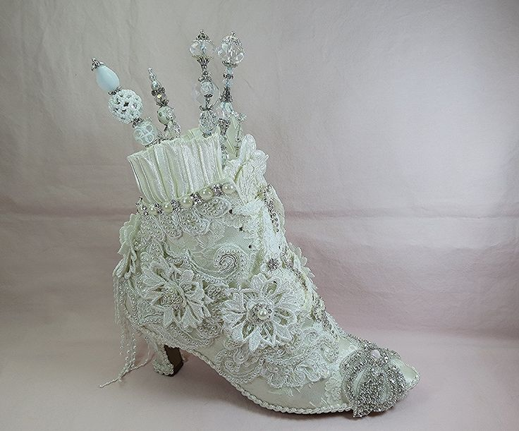 74 best Victorian lacey shoes images on Pinterest   Shabby ...