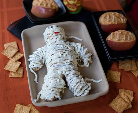 Halloween-Cheese-Mummy-Recipe
