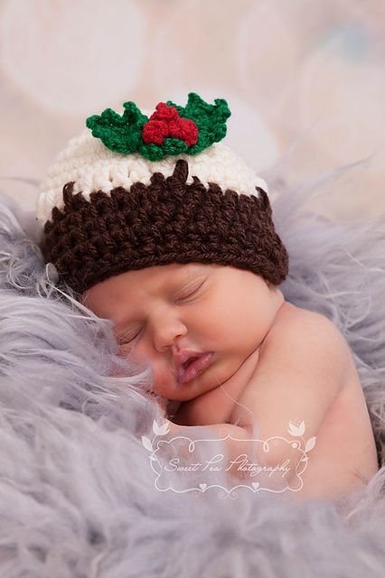 Ravelry: Christmas Pudding Hat pattern by Thomasina Cummings