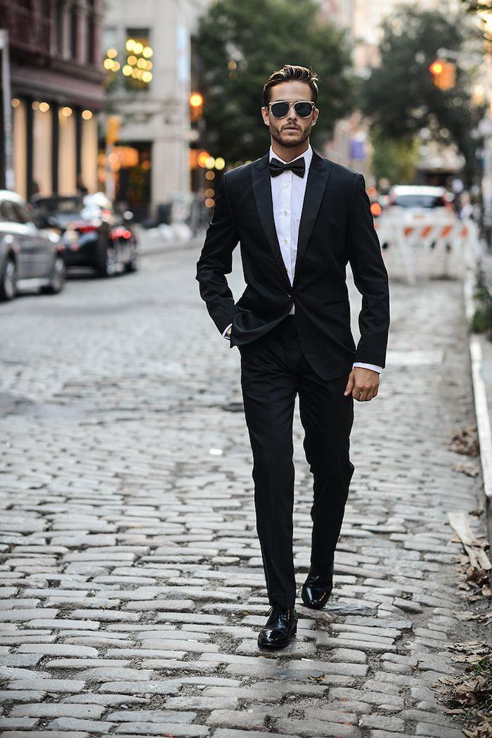 style vestimentaire homme, smoking noir avec chemise blanche et papillon  noir