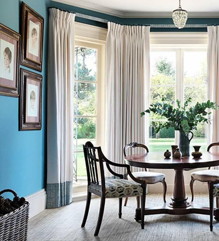 Pin By Sylvia Moncayo On Dining Room Ideas Bay Window Design Dining Room Design Dining Room Curtains