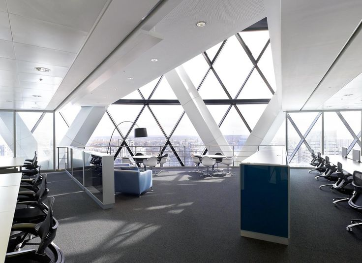 Paul Riddle Photographer – Swiss Re Tower 'The Gherkin' London