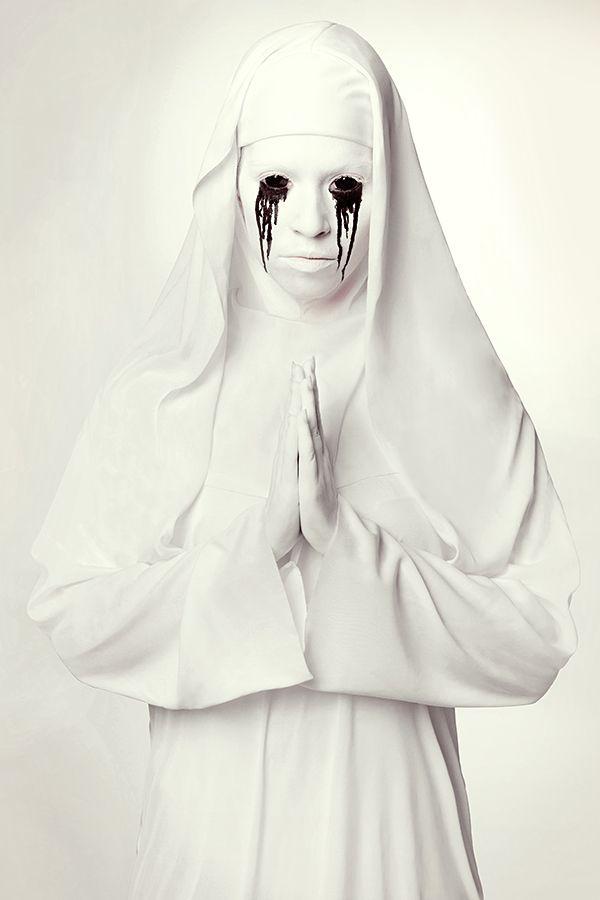 Warum sich zu Halloween nicht als Horror Nonne schminken