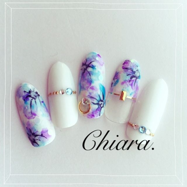 white purple nail art
