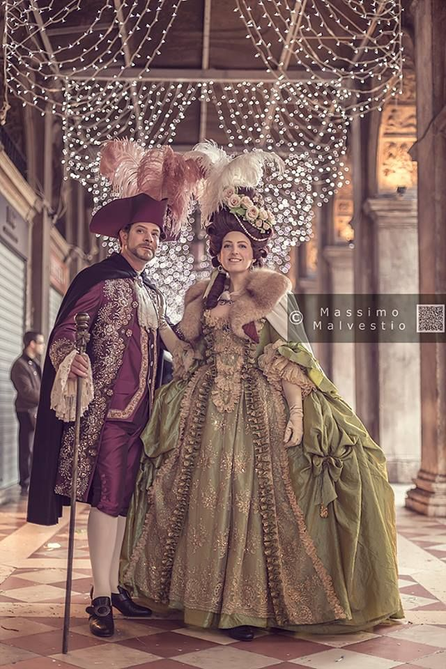Rococò dresses by Antico Atelier http://www.anticoatelier.com photo: Massimo Malvestio