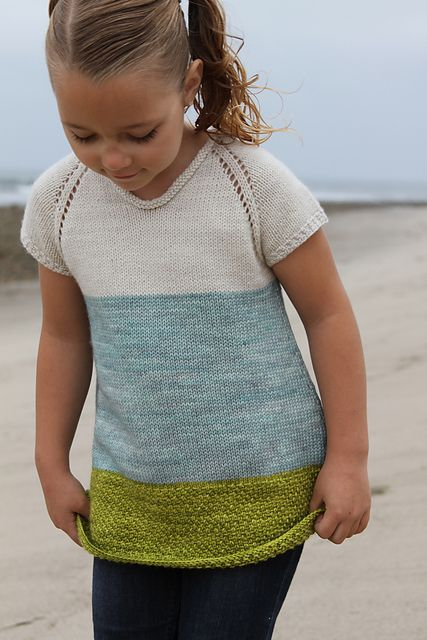 Ravelry: Project Gallery for Sebago Cove pattern by Alicia Plummer