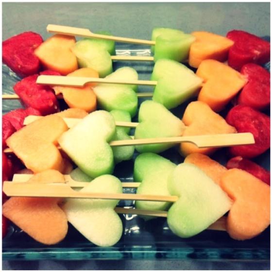 Heart fruit kabobs | Mint Sprinkles