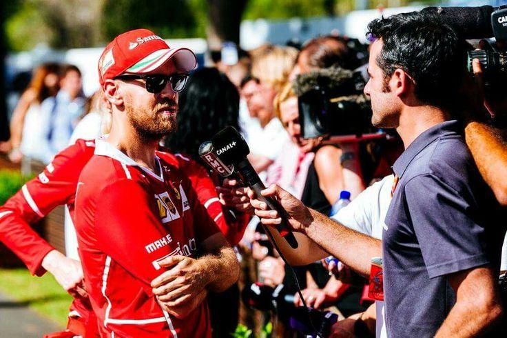 Australien GP Seb gewinnt das erste Rennen der Saison!