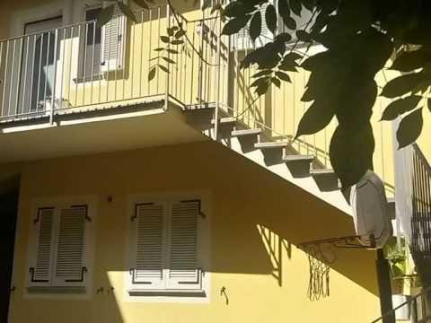 ▶ Vercelli - Centro storico vendesi immobile indipendente. - YouTube - www.sampietrocase.it