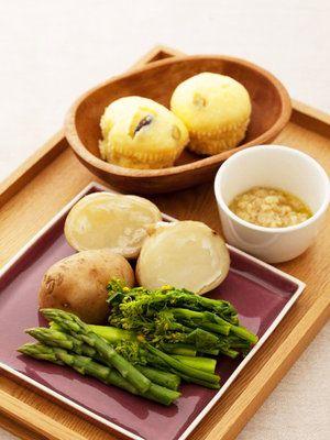 蒸し器ひとつで出来る、蒸しパン&バーニャカウダ 『ELLE gourmet(エル・グルメ)』はおしゃれで簡単なレシピが満載!