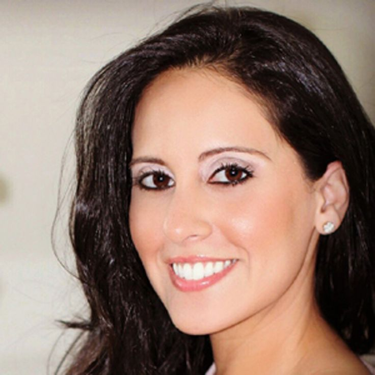 meet Fiorella Reategui, founder of www.metanoialiving.com.  Fiorella believes that every day is a new opportunity to feel, look, and live better - which is what the word #metanoia represents. Through her blog, Fiorella hopes to #inspire others to live the life of their dreams, improve their lifestyle and make #happiness their priority.  read Fiorella's #articles here: www.za.greendock.com/fiorella-reategui