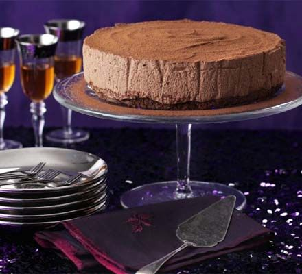 This glamorous dessert makes the perfect festive centrepiece for a posh Christmas party