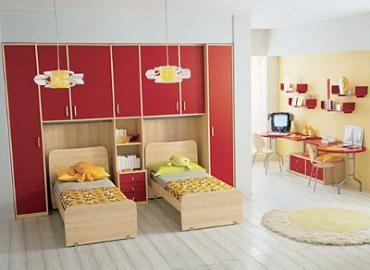 Оформление комнатой двойняшек мебель