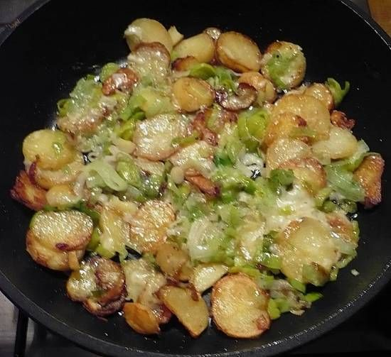 Herfst: Gebakken Aardappels Met Prei, Kaas, Spek recept