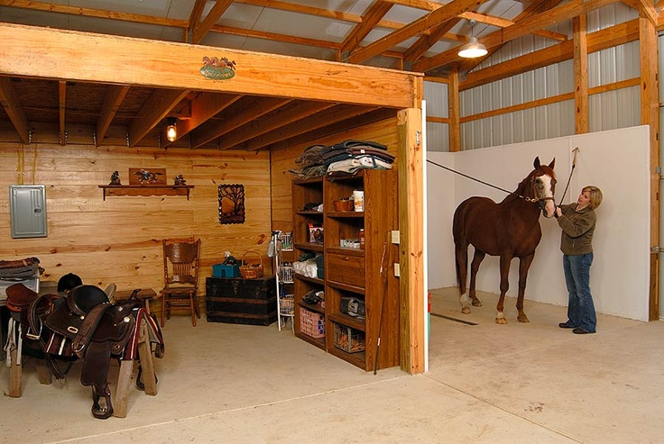 Horse Barn With Stalls Wash And Tack Room Horse Barn