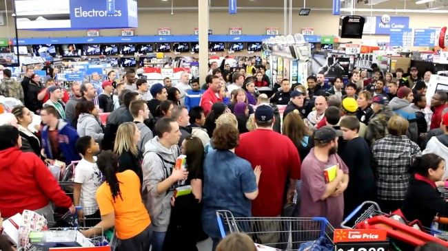 Black Friday 2014: Lower sales expected as many stores opened on Thanksgiving Day