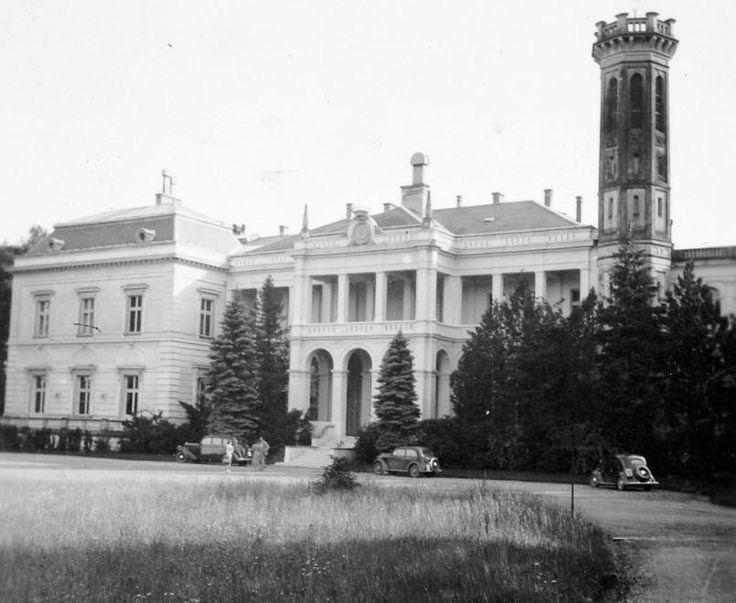 Füzérradvány, Károlyi kastély, vendégek fogadása, 1940. Fortepan / Gyöngyi