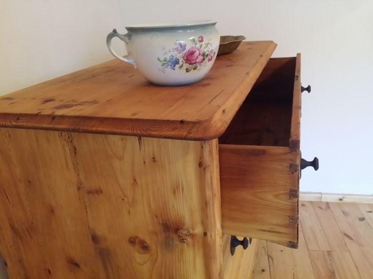 vidéki country bútor, fenyő viaszolt bútor