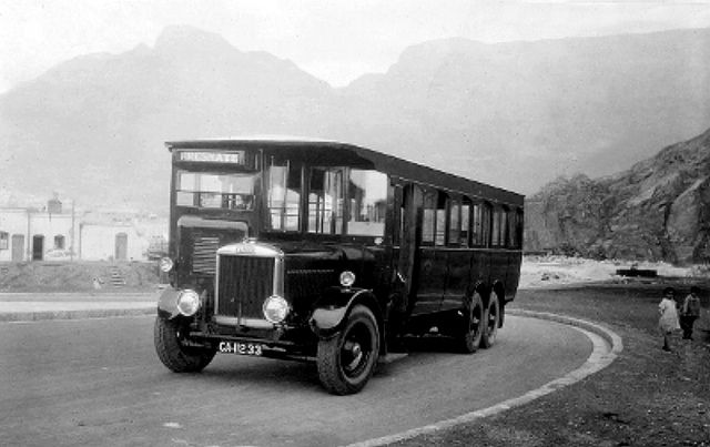Coach Approaching High Level Road, Cape Town 1928 | Flickr - Photo Sharing!
