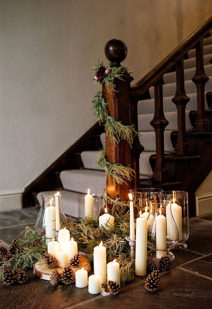 Elegant and modern winter wedding inspiration. Photography by Jo Hastings.