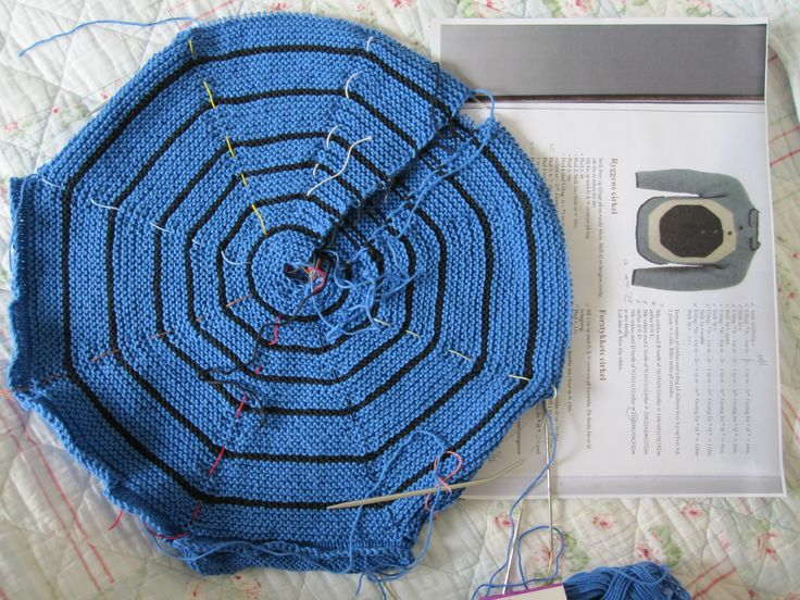 spider web on knitted sweater inspired by Annette Danielsen