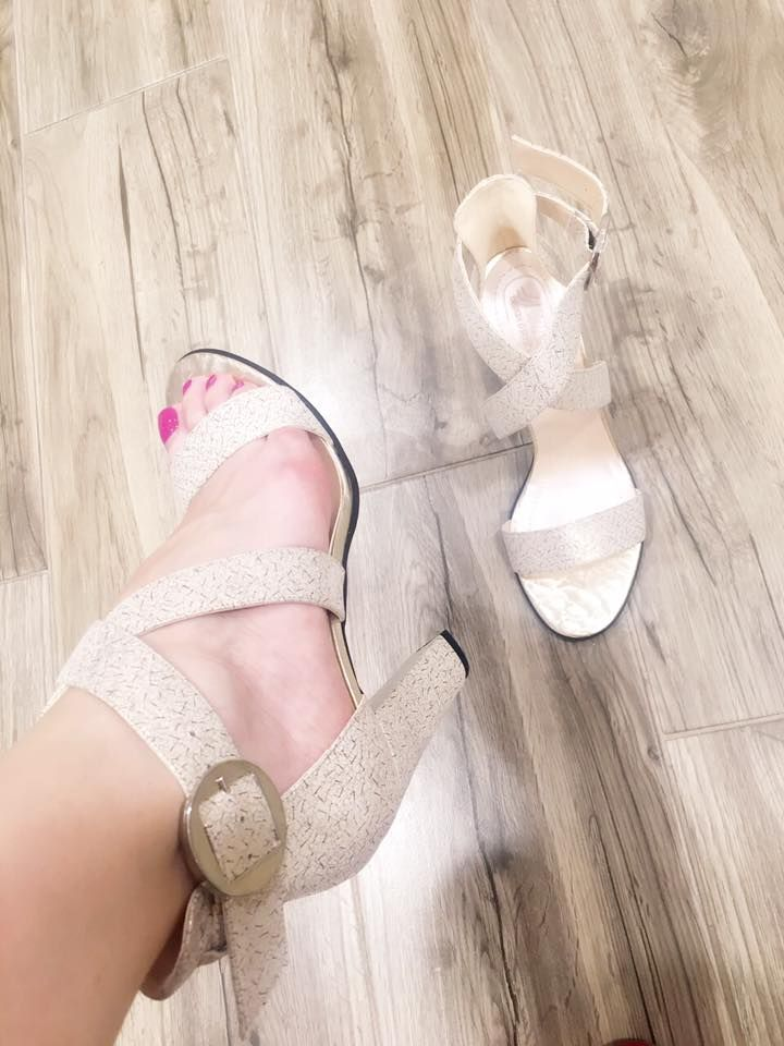Stylish!  #style #women #fashion #shoes #sandals #highheels #fashionista #shopping #shoesaddict #lovely #musthave #loveit #summer #trendy #chic