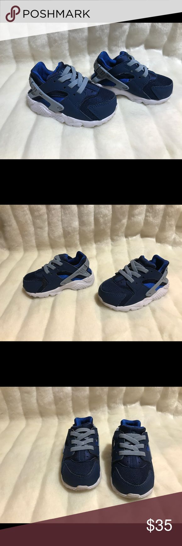 Toddler Nike Air Huarache Blue and White Size 5C Preowned and in great shape. DOES NOT COME WITH BOX. Like new condition. Very comfy sneakers for the kids Nike Shoes Sneakers
