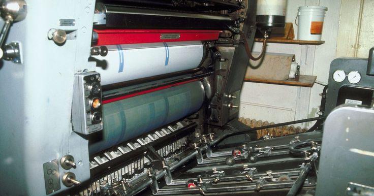 Como colocar papel em uma impressora Brother. A impressora Brother tem uma bandeja de papel embutida removível. Embora este projeto não seja específico das impressoras Brother, ele não difere do alimentador de papel superior encontrado em muitas marcas diferentes. Após receber sua primeira Brother, você pode não saber onde a bandeja de papel está localizada ou como carregá-la. Felizmente, ...