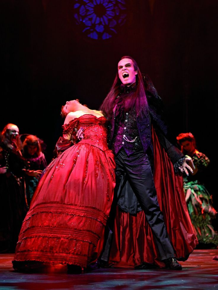 Theatre a Vampires the dance musical