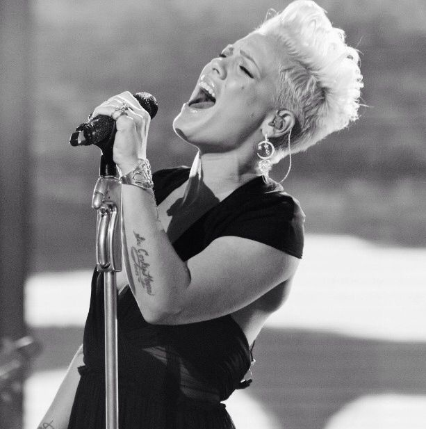 P!nk ~ sings from the heart