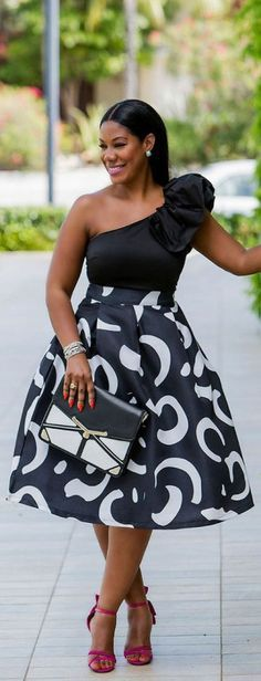 Off the shoulder glam. For more inbetweenie and plus size style inspiration go to www.dressingup.go.nz