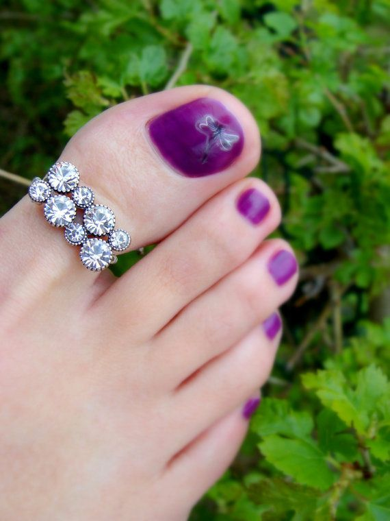 Big Toe Ring - Crystal Rhinestones - Stretch Bead Toe Ring