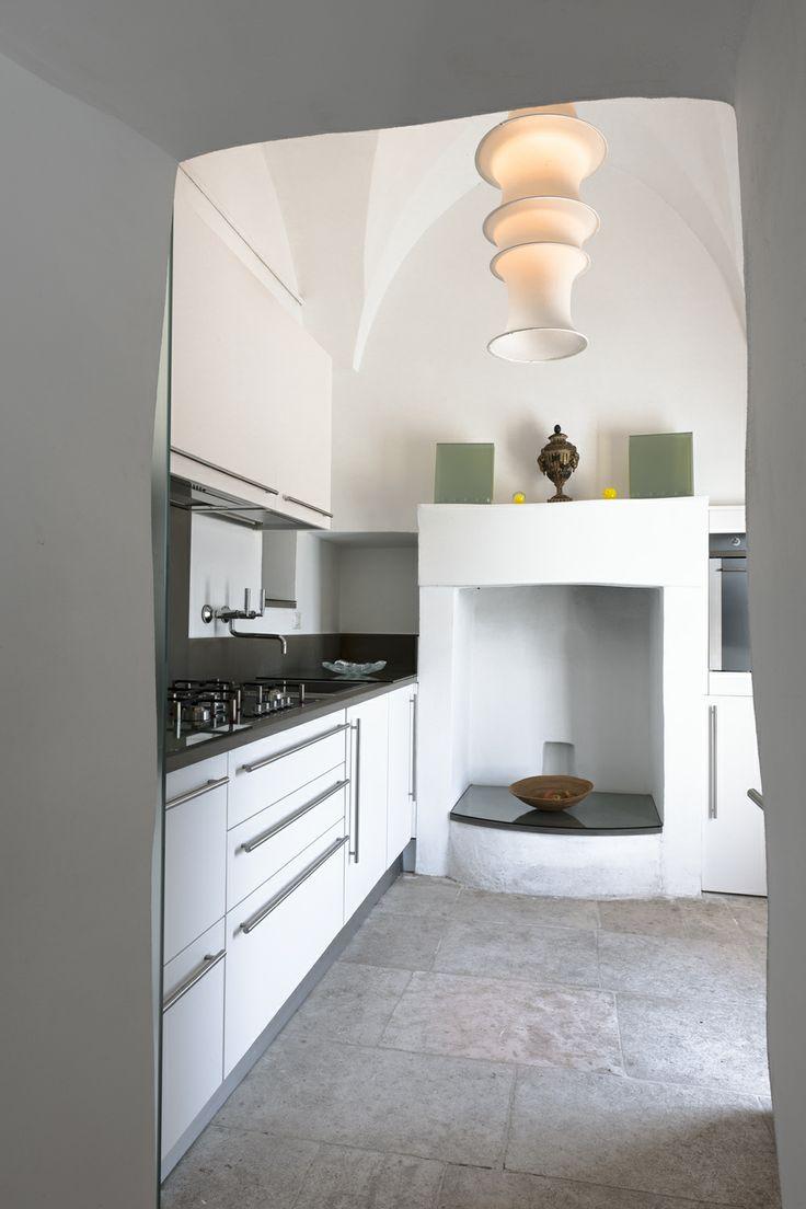 simple kitchen design in Puglia  Masseria Alchimia www.masseria-alchimia.it  Puglia