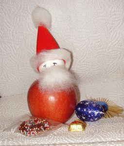 Apfel - Weihnachtsmann basteln  Walnuss statt styroporkugel