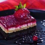 Diétás süti egy fitnesz modelltől! Epres túrós pite