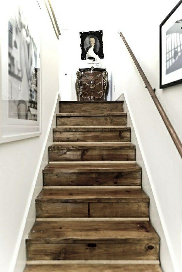 rustikaler Look Treppe Haus Eingang                                                                                                                                                                                 Mehr