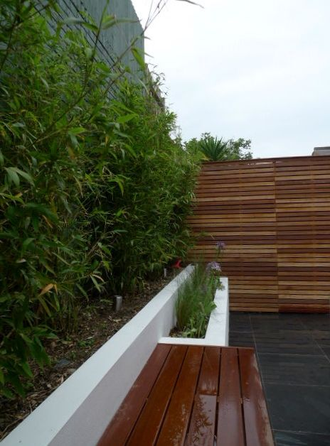hardwood privacy screen slatted trellis court yard garden design clapham london