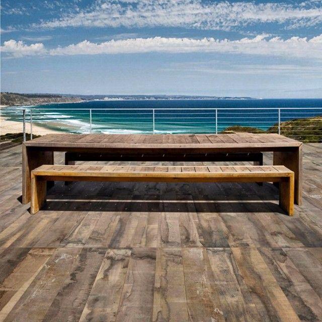 Ahsap mi Seramik mi?  #tasarım #design #outdoor #honolulu #floortiles #florim #porcellaintiles #seaside #wood #sky #mavi #bahce #ahsapgorunumluseramik #italyanseramik #beaches #fusion #instadeco
