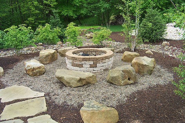 I like the idea of big rocks for chairs around a fire pit.: Outdoor Ideas, Stones Colors, Good Ideas, Natural Stones, Stones Circle, Cabins Ideas, Firepit Spaces, Storage Ideas, Fire Pit