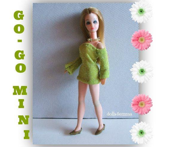 GO-GO MINI Mod jurk en halsketting voor dageraad en Pippa poppen - door dolls4emma