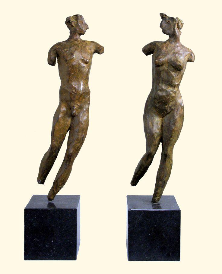 Man en vrouw schiep hij hen,  brons www.evertvankootenniekerk.nl